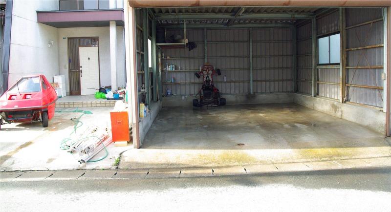 Garage0805041